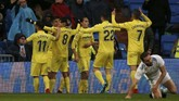 Villarreal yang sebagian besar bertahan di pertandingan ini, justru mampu mencetak gol pada menit ke-87 melalui tendangan cungkil Pablo Fornals pada menit ke-87. (REUTERS/Javier Barbancho)