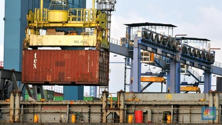 Resesi dinilai bisa masuk ke Indonesia melalui dua jalur, yakni perdagangan dan keuangan.