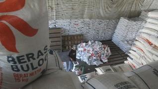 Bulog Bakal Luncurkan Beras dalam Kemasan Saset