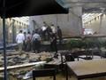 Korban Selasar Roboh Gedung BEI Dievakuasi dengan Taksi