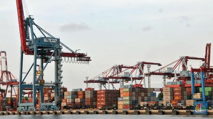 Biaya logistik Indonesia jauh tertinggal dibandingkan negara-negara tetangga.