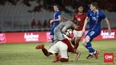 Di babak kedua Timnas Indonesia gagal membendung permainan timnas Islandia. Tim tamu berhasil menambah tiga gol melalui dua gol Albert Gudmundsson dan Arnor Smarason. (CNN Indonesia/Andry Novelino)