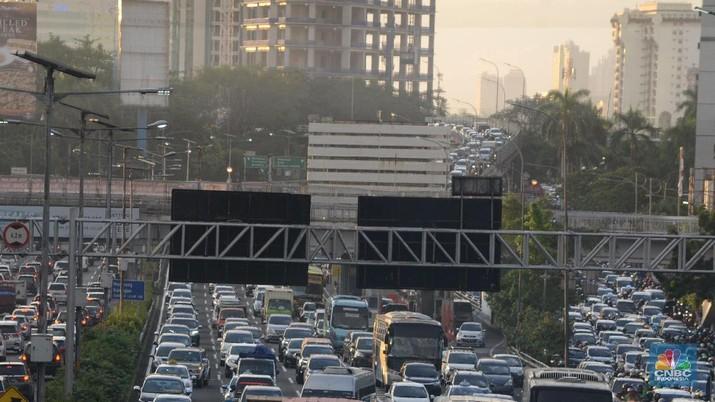 Tarif Parkir Mobil di Jakarta Harus Naik Lima Kali Lipat