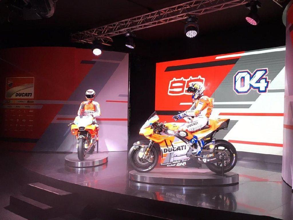 Menarik dinanti kiprah Dovi dan Lorenzo dengan Desmosedici GP18 di MotoGP 2018. (Foto: Twitter @DucatiMotor)
