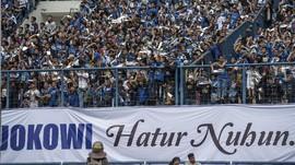Jokowi Nilai Duel Persib vs Sriwijaya FC Berjalan Imbang