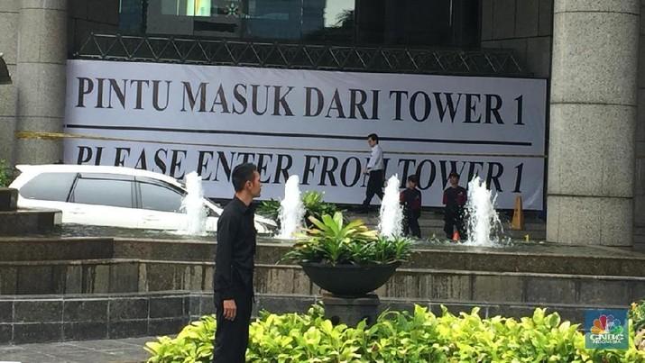 Bursa Efek Indonesia sudah mendapat pernyataan dari pengelola gedung yang menyatakan struktur utama dua tower tidak bermasalah.