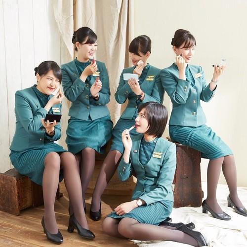 Foto: Pesona Kecantikan Para Pramugari Taiwan yang Mirip Penyanyi Idol