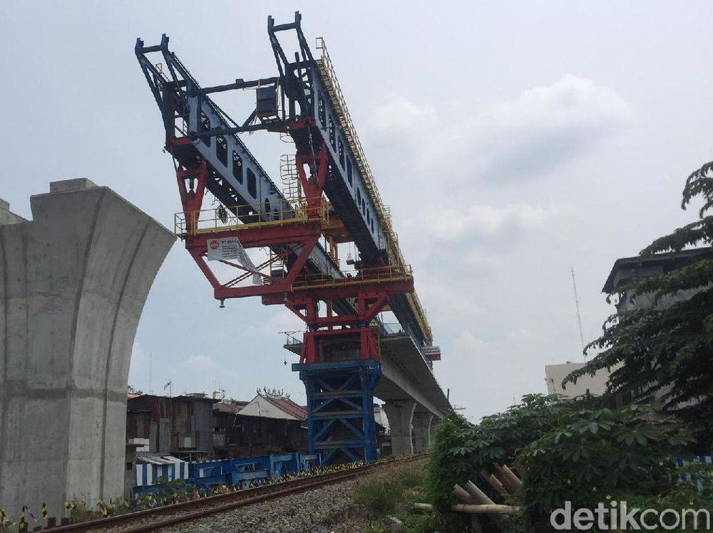 Pemerintah Bangun Rel Kereta Layang di Medan