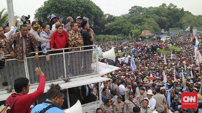 Demonstrasi Cantrang Diakhiri Sorak Bahagia Nelayan