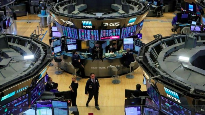 Bursa saham Wall Street berhasil ditutup positif naik hingga 1% lebih, setelah sehari sebelumnya terhempas hingga 4% lebih.