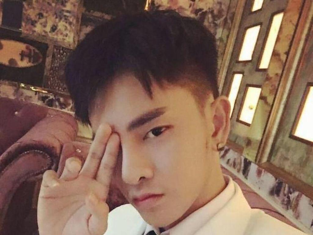Transformasi Pria Thailand yang Oplas 30 Kali Karena Benci Wajahnya