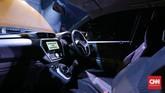 <p>Fitur baru lainnya termasuk teknologi vehicle dynamic control (VDC) sebagai standar di semua varian, anti-lock braking system (ABS), electronic brake distribution (EBD) dan brake assist (BA), traction control (TCS) dan brake limited slip differential (B-LSD). (dok. CNNIndonesia/Safir Makki)</p>