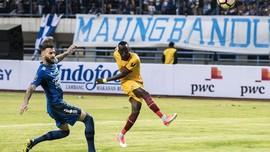 Persib Unggul 1-0 atas Sriwijaya di Babak Pertama