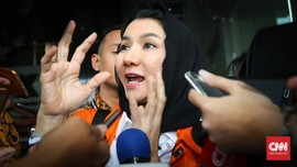 KPK Sita Ratusan Perhiasan Terkait Kasus TPPU Bupati Kukar