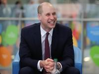 Penampilan Baru Pangeran William dengan Rambut Botak di Tengah
