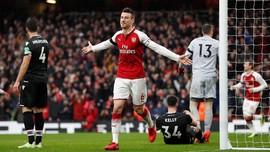 Arsenal Pesta Gol Tanpa Sanchez, MU Menang Tipis atas Burnley