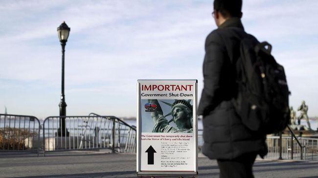 Menganggur Saat Pemerintah Tutup, PNS AS Cari Kesibukan Lain