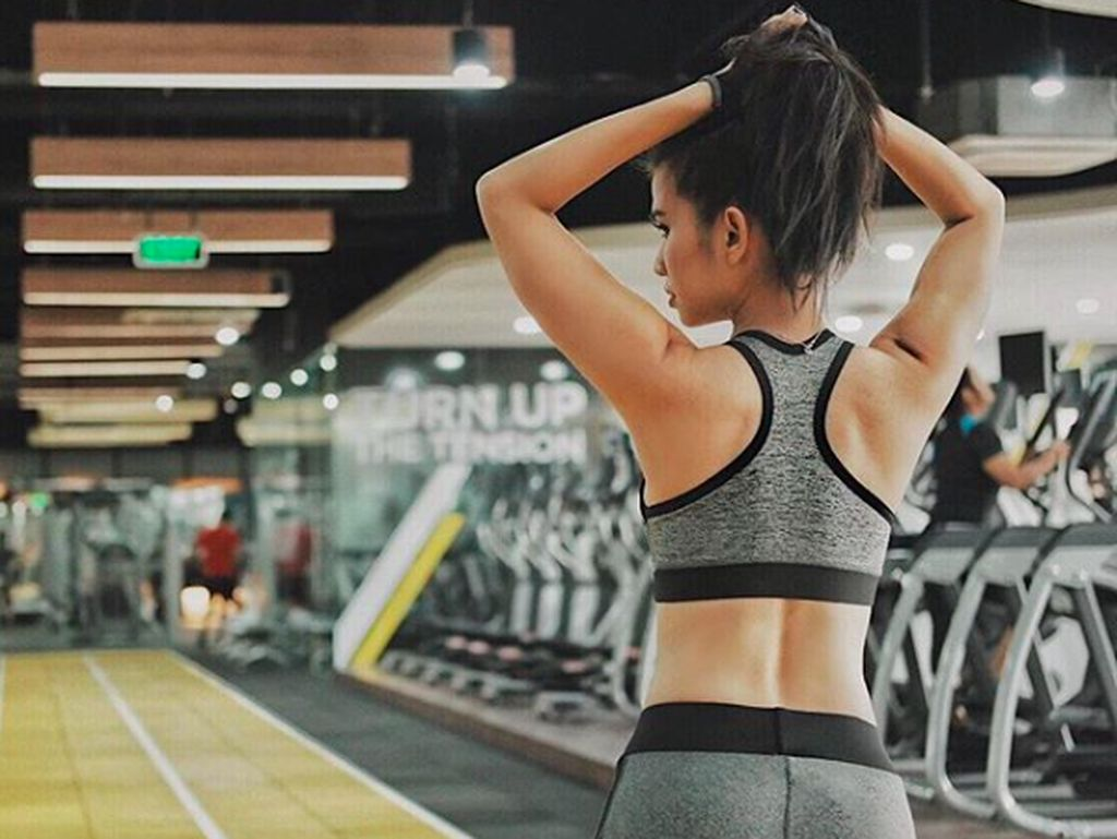 Motivasi Sehat dari Si Seksi Maria Vania yang Bikin Semangat Olahraga