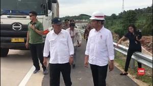 VIDEO: Jokowi Jajal Tol Lampung Gunakan Truk
