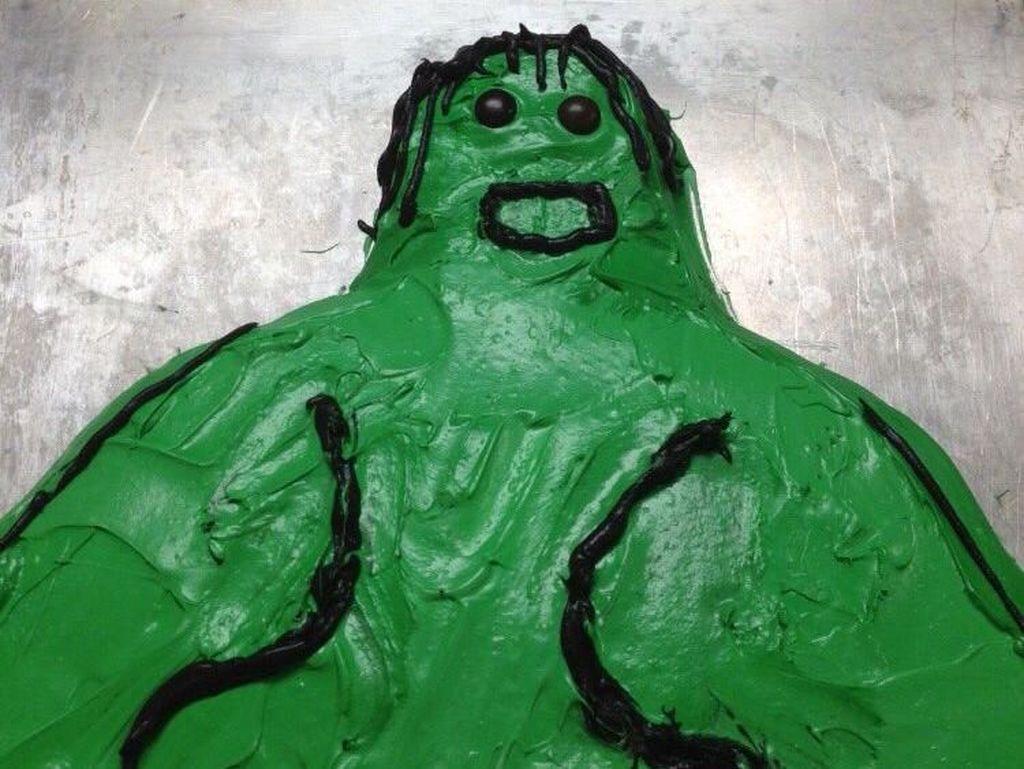 Waduh! Mau bikin cake berbentuk Hulk kenapa jadinya begini? Foto: Istimewa