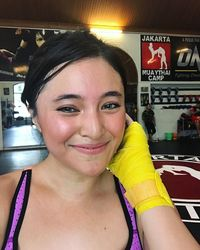 Ups, Muay Thai juga tidak terlepas dari pilihan artis kelahiran 10 Agustus 1989 ini. Foto: Instagram/marshanda99