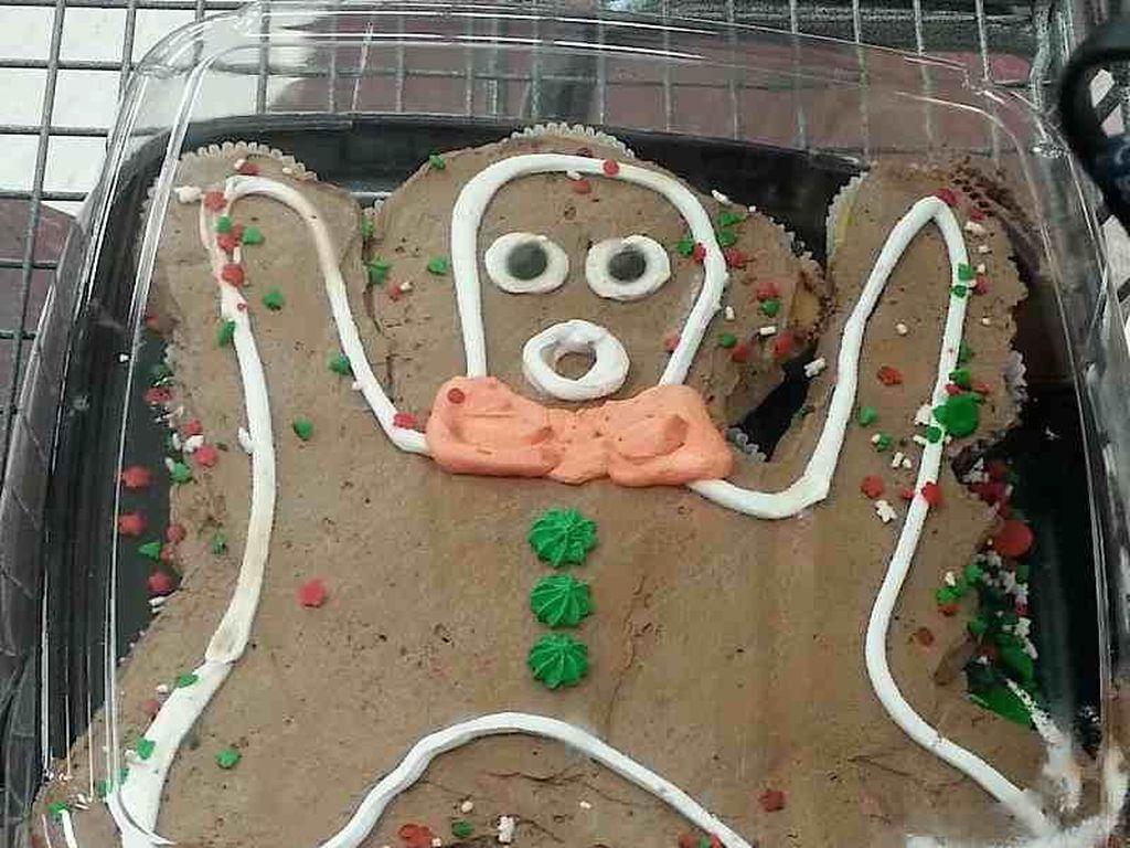 Ini gingerbread atau gingerbread ghost? Kok seram sekali. Foto: Istimewa