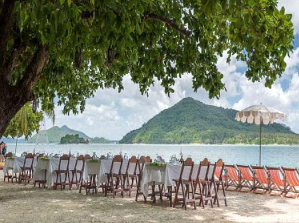 Kawasan terdekat dengan Indonesia, yakni Thailand, juga memiliki pulau pribadi yang dijual. Pulau bernama Ranyai Island dijual seharga US$ 160 juta atau sekira Rp 2,1 triliun. Istimewa/Gulf News.
