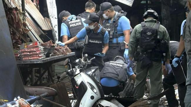 Belum ada kelompok yang mengaku bertanggung jawab dalam serangan tersebut. (AFP PHOTO/STRINGER)