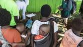 Dinas Kesehatan Papua menyatakan, cakupan imunisasi campak di Kabupaten Asmat menurun drastis dalam kurun waktu dua tahun terakhir. (Antara/M Agung Rajasa)