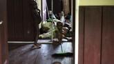 Selain gizi buruk, anak-anak di Asmat juga dilaporkan terserang campak. Mereka yang terserang berada di rentang usia delapan bulan hingga tiga tahun. (Antara/M Agung Rajasa)