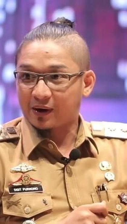 Selain Pasha Ungu, Artis Pria Indonesia Ini Juga Tampil dengan Rambut Man Bun