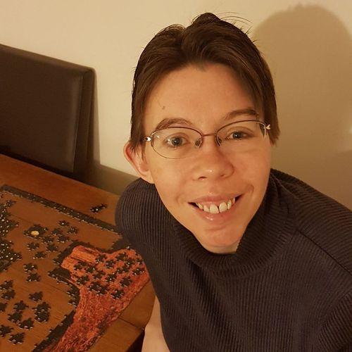 Pakai Foto di Facebook, Ahli Bedah Rekonstruksi Wajah Wanita Ini