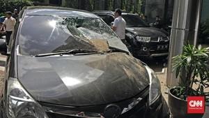 FOTO: Gempa Lebak 6,1 SR Bikin Panik Warga Jakarta