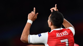 Alexis Sanchez Diadang Kutukan Nomor 7 Manchester United