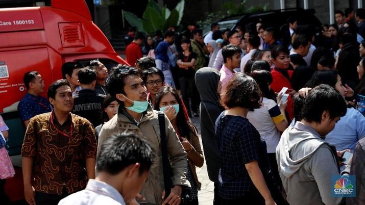 Tsunami PHK, Profesi Ini akan Hilang dari Perbankan