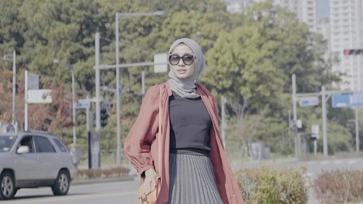 Laudya Cynthia Bella dan Koleksi Tas Ratusan Juta Rupiah 9e430da1ae