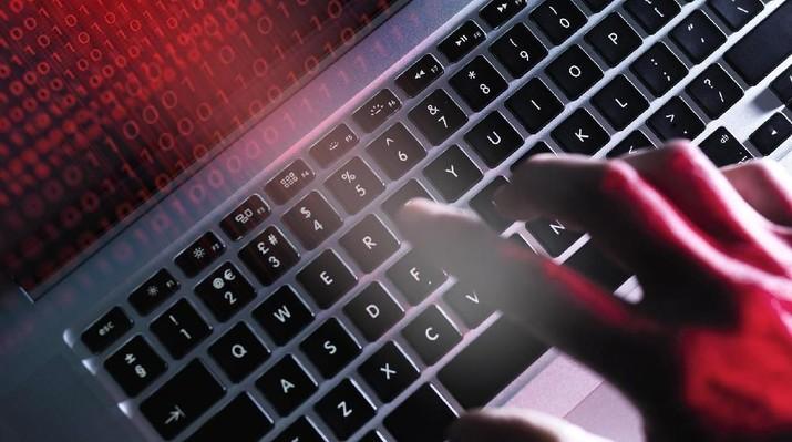 Pemerintah Singapura telah membayar US$14.750 atau setara Rp 200,6 juta sebagai hadiah untuk mereka yang disebut hacker