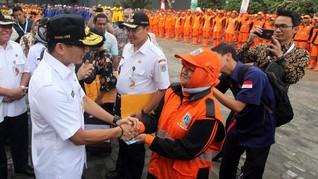 Respons Jokowi, Sandi Siapkan THR bagi PHL dan Pasukan Oranye