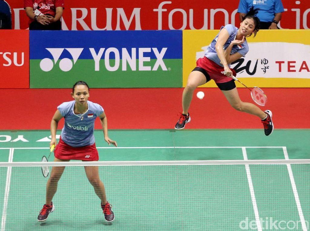 Rizki Amelia Pradipta/Della Destiara Haris melewati babak pertama usai menang atas Chang Ye Na/Kim Hye Rin dari Korsel 22-20, 18-21, 21-17.(Agung Pambudhy/detikSport)
