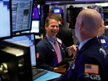Yield Obligasi Turun, Wall Street Menguat
