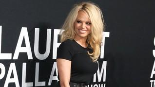 Pamela Anderson dan Eks AC Milan akan Menikah