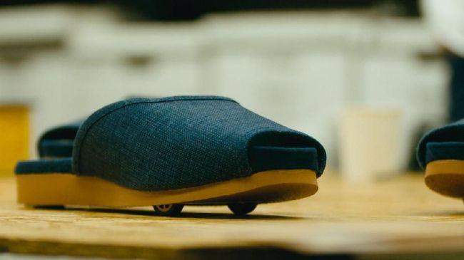 Penginapan Jepang Siapkan Sandal Berteknologi Tinggi