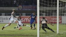 Mario Gomez Coba Peran Baru Supardi di Persib