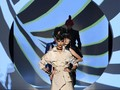 Persembahan Couture Jean Paul Gaultier untuk Pierre Cardin