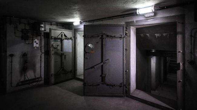 Pemerintah Prancis membangun bunker di bawah Stasiun Timur Paris dalam rangka persiapan menghadapi Perang Dunia Kedua. (AFP PHOTO/Philippe LOPEZ)