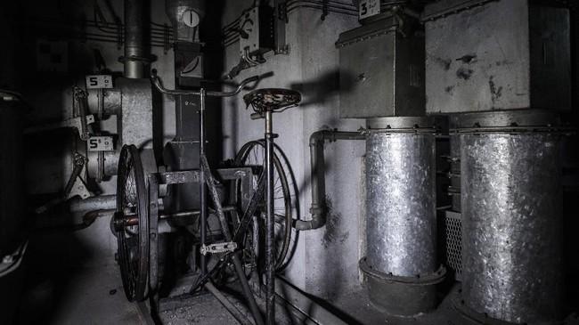 Rencananya seluruh stasiun di Prancis dibangun bunker serupa untuk perlindungan dari serangan udara. (AFP PHOTO/Philippe LOPEZ)