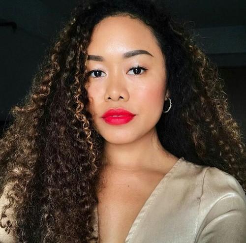 Tips Sederhana Menjaga Rambut Keriting Tetap Indah Ala Blogger Kecantikan