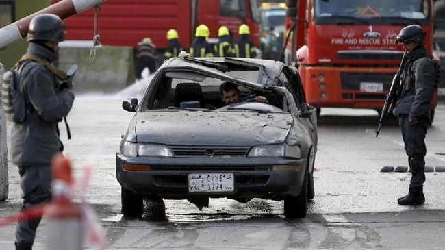 Pekan lalu, kelompok Taliban juga menyerbu Hotel Intercontinental Kabul dan menewaskan sedikitnya 25 orang, sebagian besar warga asing. (REUTERS/Omar Sobhani)