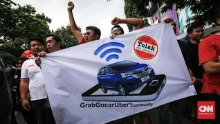 Anggap Cuma Beda Cara Pesan, MK Tolak Gugatan Taksi Daring