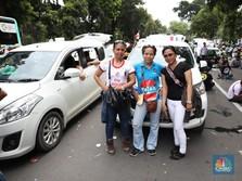 Menhub: Moratorium Driver Taksi Online Selama 1 Bulan